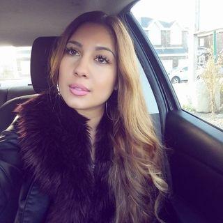 Dating algerian women